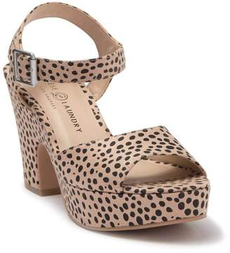 Chinese Laundry Bianca Cheetah Print Platform Sandal