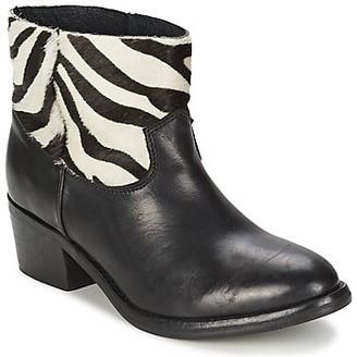 Koah ELEANOR women's Mid Boots in Black