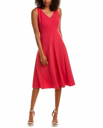 Maggy London Women's Sleeveless Crepe V-Neck Fit and Flare