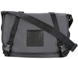 Chanel Pre-Owned 2005-2006 branded messenger shoulder bag
