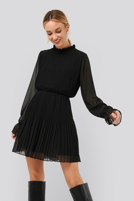 NA-KD Pleated Elastic Waist Dress Black