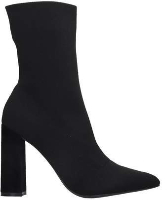 KENDALL + KYLIE Sanvi High Heels Ankle Boots In Black Canvas