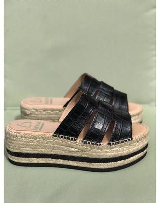 Kanna Margarita Negro Black Croc Flatform Sandals - 37
