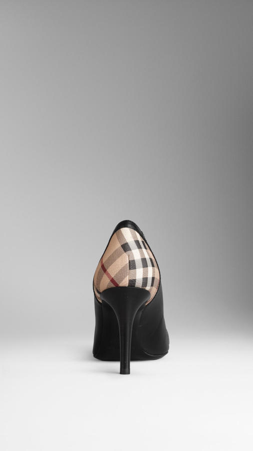 Burberry Check Detail Leather Pumps