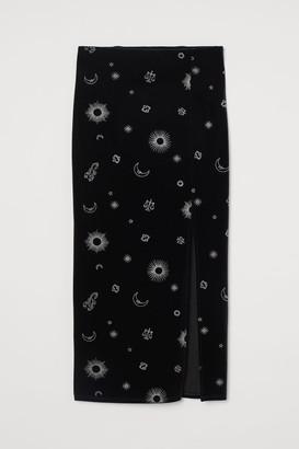 H&M Slit-front Velour Skirt - Black