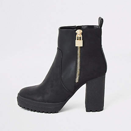 bc2e7398ce9 Black faux leather chunky heel ankle boots