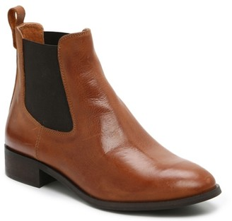 Coach And Four Isetta Chelsea Boot