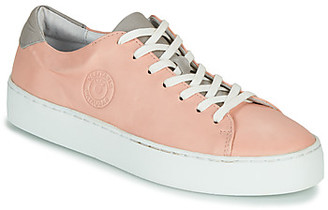 Pataugas KELLA women's Shoes (Trainers) in Pink