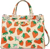 Gucci Zumi Strawberry print medium top handle bag