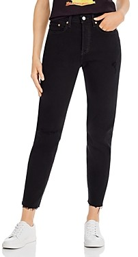 Levi's Wedgie Icon Cropped Jeans in Black Desert