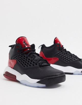 Jordan Nike Maxin 200 trainers in black/red
