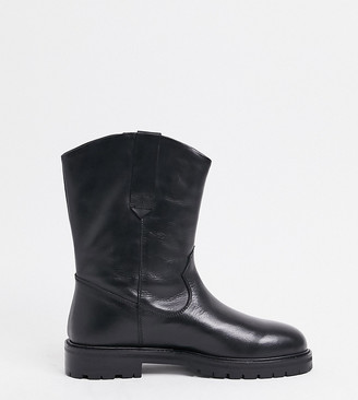 ASOS DESIGN Wide Fit Andy leather pull on trucker boots in black