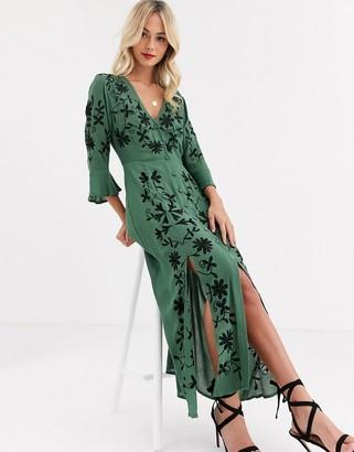 Asos Design DESIGN embroidered casual maxi dress-Green
