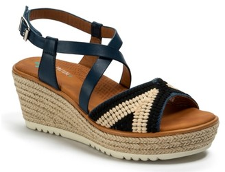 Bare Traps Ethel Wedge Sandal