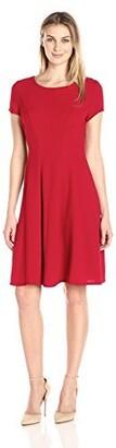 Sandra Darren Women's 1 Pc Short Cap Sleeve Bi Stretch Crepe Fit & Flare Dress