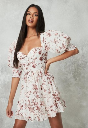 Missguided Cream Floral Print Puff Sleeve Milkmaid Dress