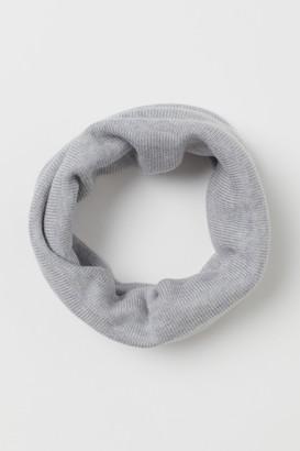 H&M Knit Merino Wool Tube Scarf