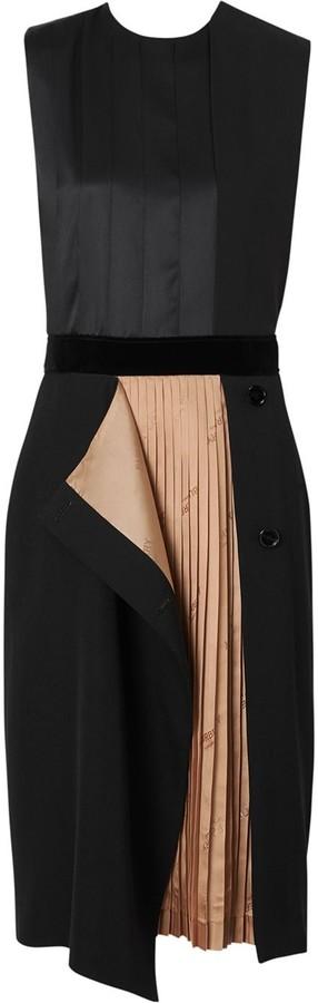 Burberry Panel Detail Shift Dress