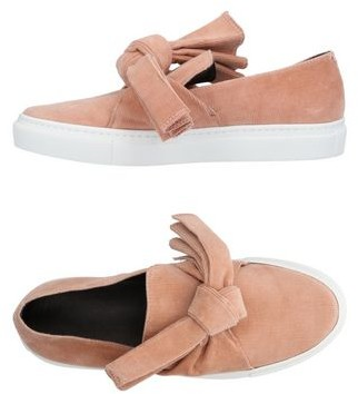 Cédric Charlier Low-tops & sneakers
