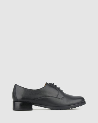 Airflex Oliver Leather Lace Up Shoes