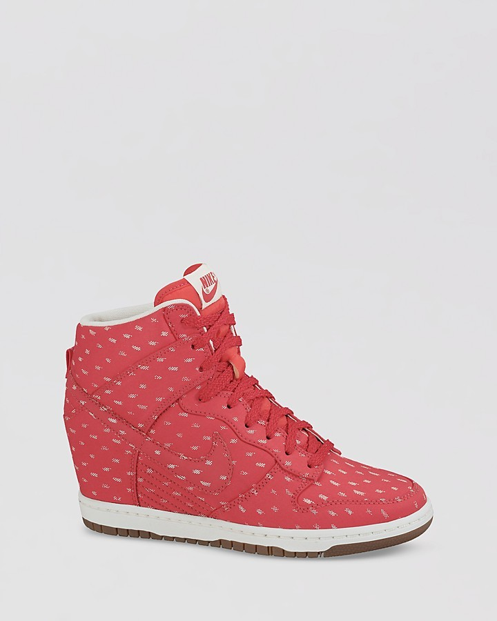 Nike Lace Up High Top Sneaker Wedges- Women's Dunk Sky Hi Print