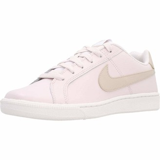 Nike Court Royale Womens Low-Top Sneakers