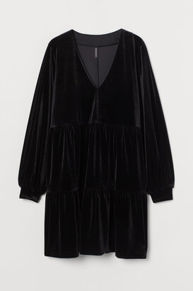 H&M V-neck Velour Dress - Black