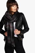 Boohoo Carrie Oversize Tartan Check Scarf