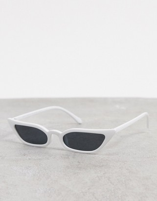 SVNX cat eye sunglasses in white