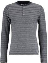 Pier 1 Imports Long sleeved top mottled grey