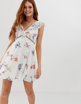 Asos Design DESIGN mini dress with trim detail in dainty floral-Multi