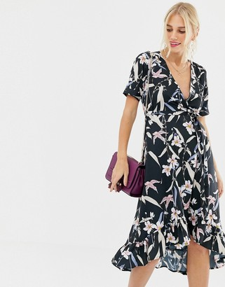 Yumi capped sleeve floral wrap dress
