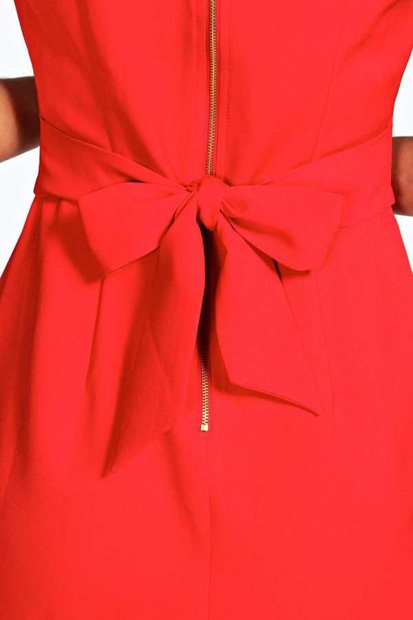 boohoo Persie Pleat Detail Dress