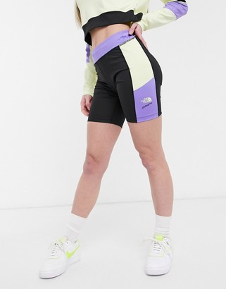 The North Face 92 Extreme short in purple
