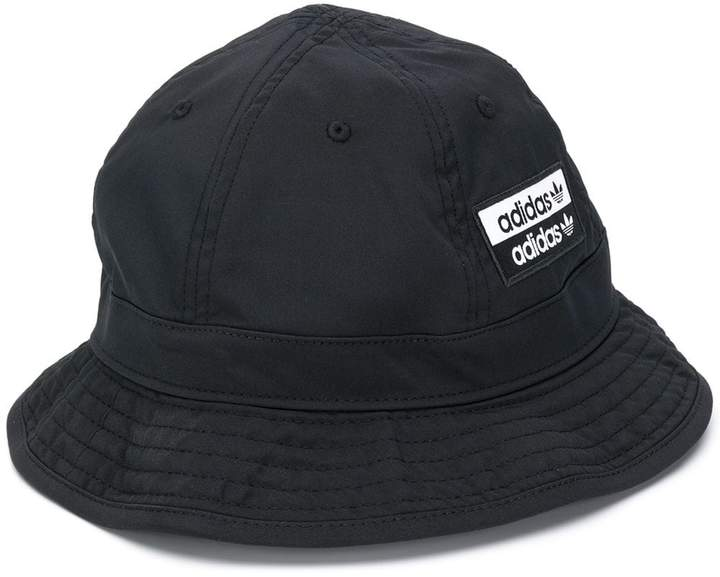 ddbd96999b logo patch bucket hat