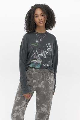 Urban Outfitters NASA Space Station Long-Sleeve Skate T-Shirt - grey XS at
