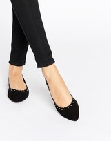 Oasis Scalloped Point Flat Ballet Pump