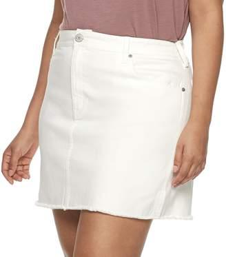 Mudd Juniors' Plus Size 5-Pocket Frayed Hem Twill Skirt