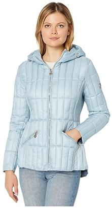 Bernardo Fashions EcoPlume Hooded Packable Puffer Jacket (Celestial Blue) Women's Jacket