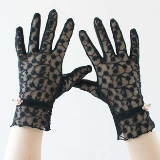 Uoyov New Chinese Fashion Summer Ladies Full Finger Gloves Sunscreen Anti-UV Thin Short Sexy Lace Breathable Elastic Ice Silk Driving Outdoor Gloves (Color : Black)