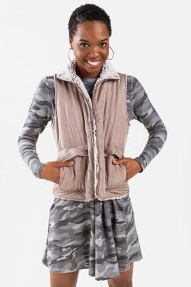 francesca's Savonne Quilted Faux Fur Lined Puffer Vest - Brown