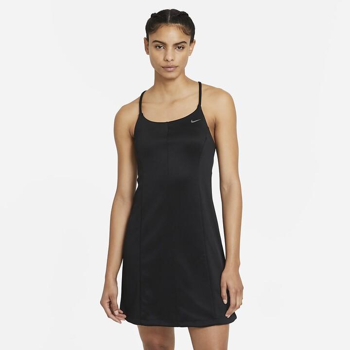 Nike Women's Dress Sportswear Icon Clash