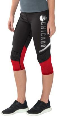 G Iii Women's G-III 4Her by Carl Banks Black/Red Chicago Blackhawks Half Marathon Knee Capri Pants