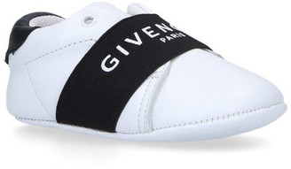 Givenchy Kids Elastic Knot Crib Shoes