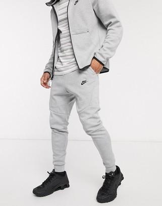 Nike Tech Fleece Jogger In Grey 805162-063