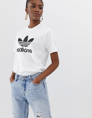 adidas adicolor trefoil oversized t-shirt in white