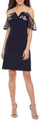 MSK Short Sleeve Cold Shoulder Floral Applique Shift Dress