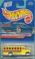 Hot Wheels Yellow School Bus Street Art Series 1999 1:64 Scale Die Cast Collectible Car