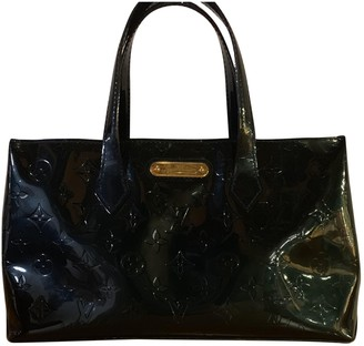 Louis Vuitton Green Patent leather Handbags