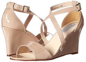Touch Ups Jenna (Nude Patent) Women's Shoes